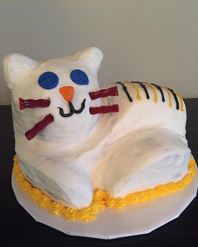 daniel tiger inspired cake