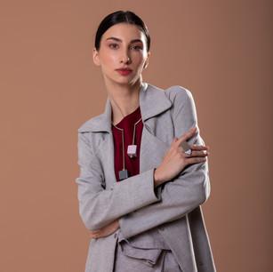 Trench Coat Unique, Calça Tibau e Blusa Basic Silk