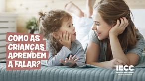 Como as crianças aprendem a falar?