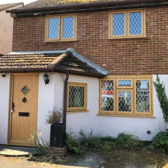 R7 Residence windows with matching Solidor