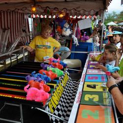 Fun Services Pig Race