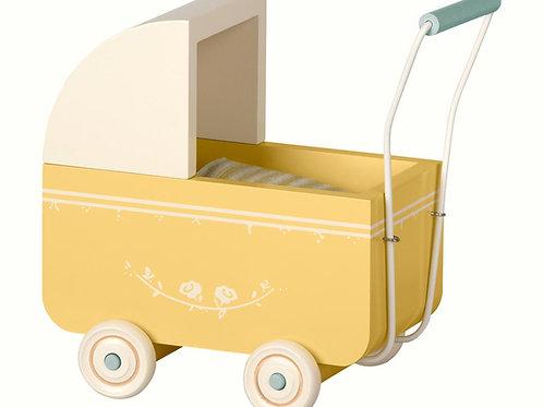 Gelber Kinderwagen für Hasenbabies oder Mäuse - mittel für Micro