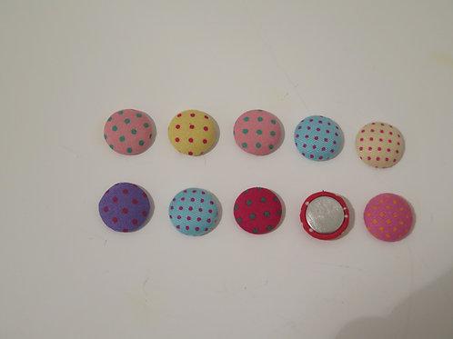 Stoffüberzogene Buttons