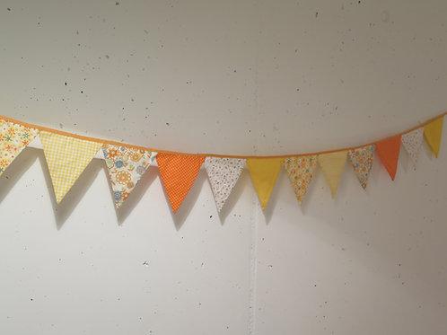 Wimpelkette aus Stoff - gelb/orange
