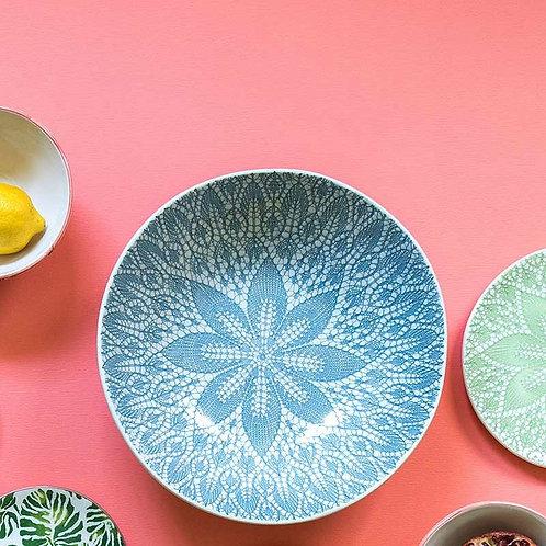 Wunderschöne Keramik Schüssel mit schönen Details - blau