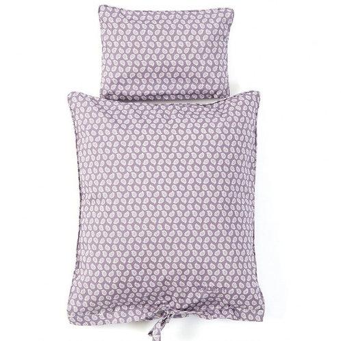Duvet und Kissen fürs Puppenbett - Blätter auf mauvefarbigem Hintergrund