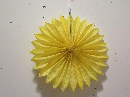 Rosette aus Seidenpapier - gelb