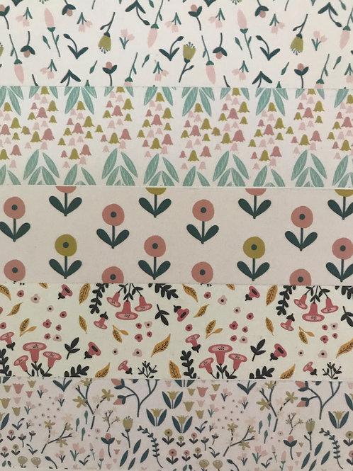 Breite Washitape mit feinen Blumenmustern