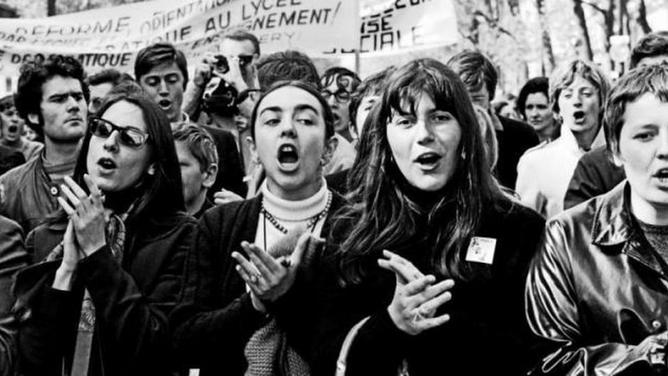 Moda, Revolución y Legado