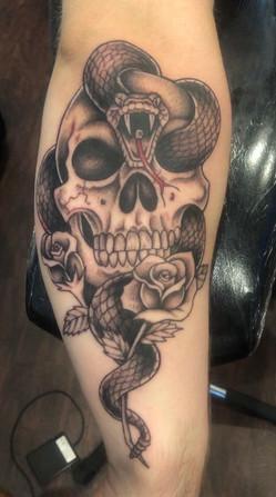 skull-tattoo.jpg