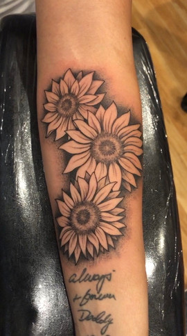sunflower-tattoo-2.jpg
