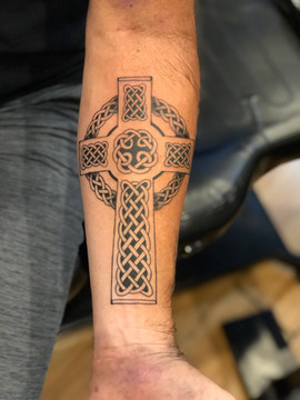 celtic-cross-tattoo.jpg
