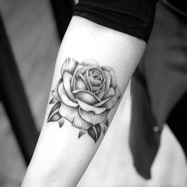 rose-tattoo.JPG