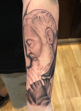 padre-pio-tattoo-2.jpg