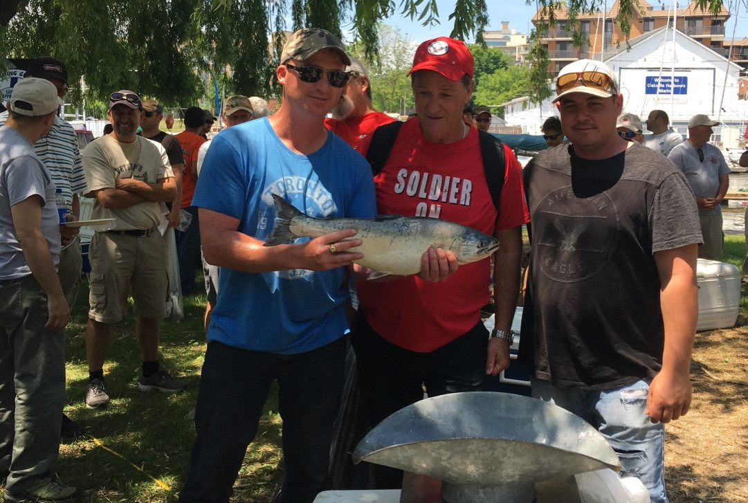Fred Weighs Salmon Derby 2016