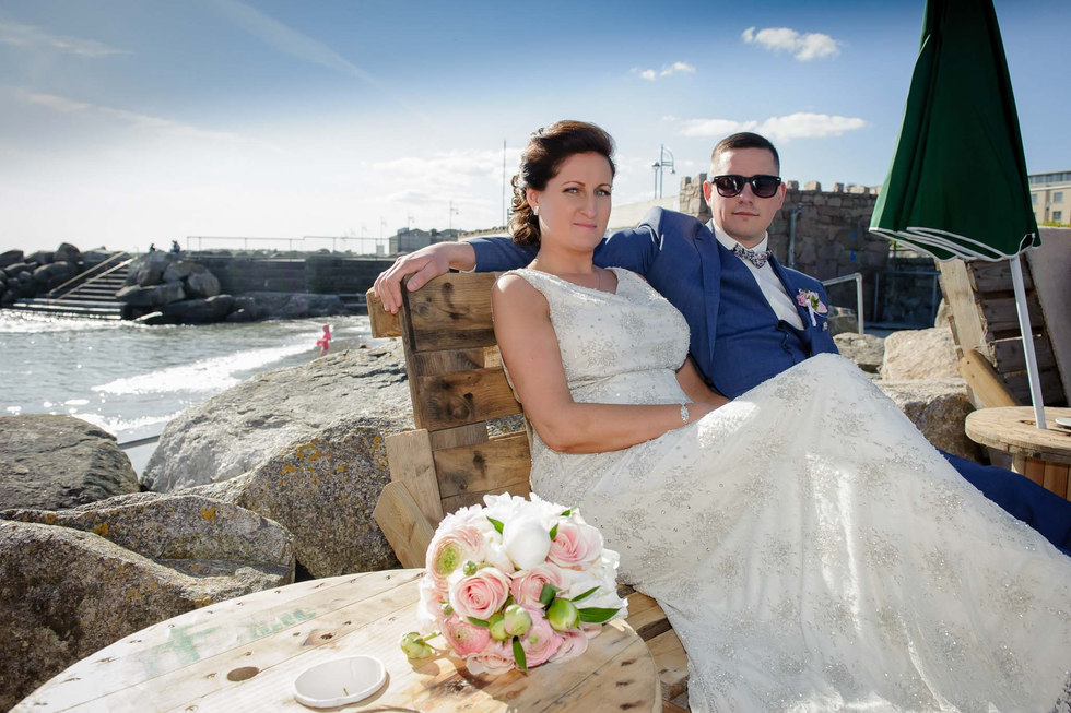 Traditional bride and groom on a summer day - Galway wedding photographer