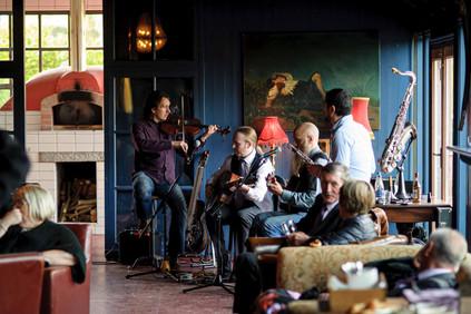 alternative wedding music - Galway wedding photograper