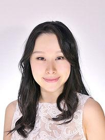 Shiori_profile.jpg