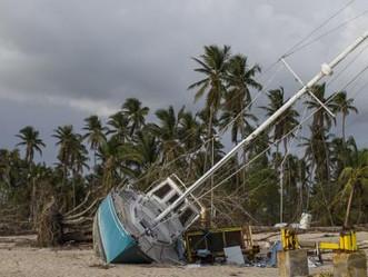 Guardia Costera continúa con remoción de naves afectadas por huracán María