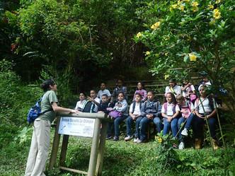 Vigorizan el programa Contacto Verde en las escuelas los Secretarios de Educación y del DRNA con vis