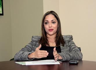 """""""La naturaleza está en buenas manos"""", asegura secretaria del DRNA al reconocer al Cuerpo de Vigilant"""
