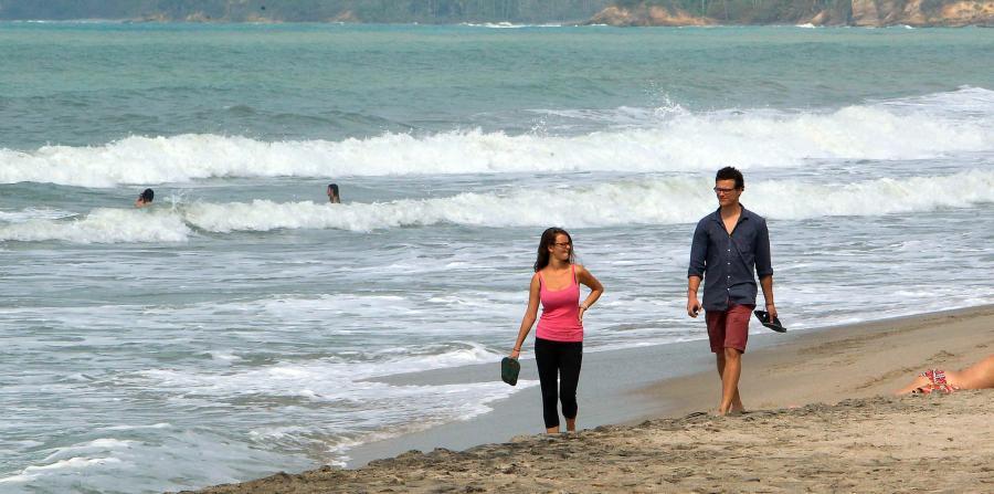 La campaña abarcará las redes sociales, videos educativos y visitas a playas en distintos puntos turísticos de la Isla. (Archivo / GFR Media)