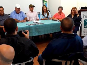 Entregan donativo a organización co-manejadora de la Reserva de Vieques