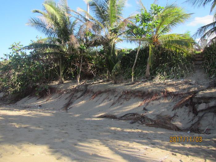 En la playa Montones de Isabela se perdieron muchas dunas. (Cortesía de Maritza Barreto)