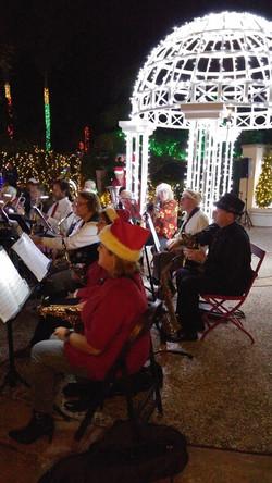 Saxophones & Trombone at Botanical Gardens