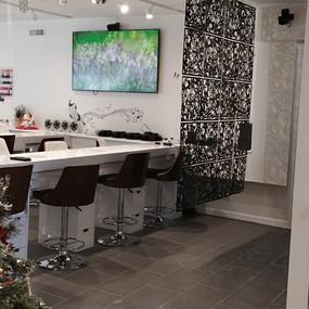 Lexington nail salon