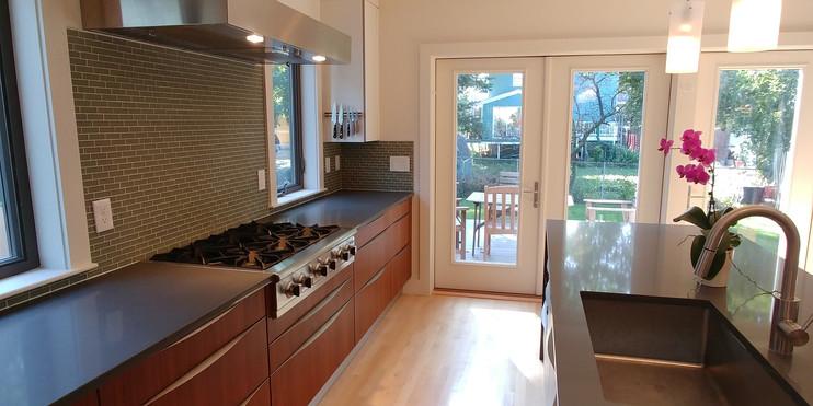 Kitchen25.jpg