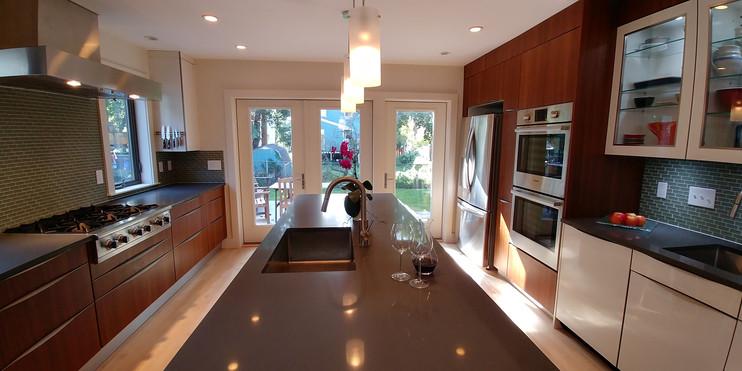 Kitchen14.jpg