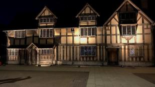 'Lighting Shakespeare's Birthplace'