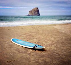 Lone Surfboard