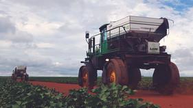 Transformação de autopropelido em distribuidor a lanço pode gerar economia de 80%