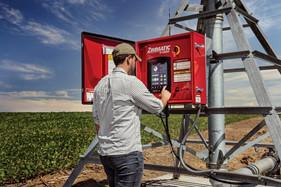 Novos painéis ZIMMATIC by Lindsay proporcionam mais tecnologia e facilidades na irrigação
