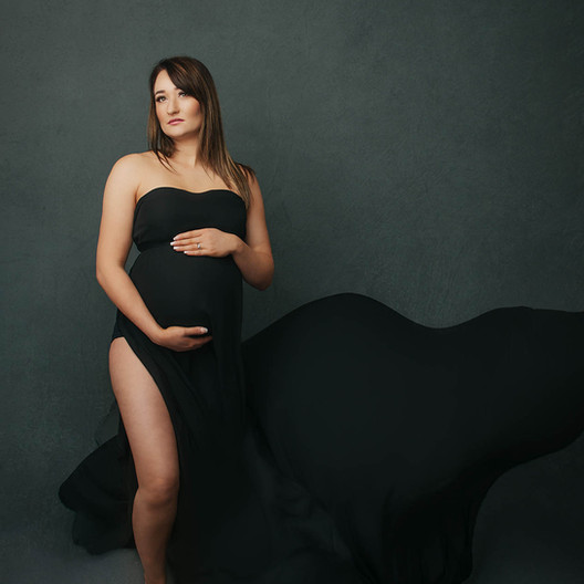 How to get ready for your maternity photo session.