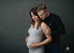 Pregnancy photography near me