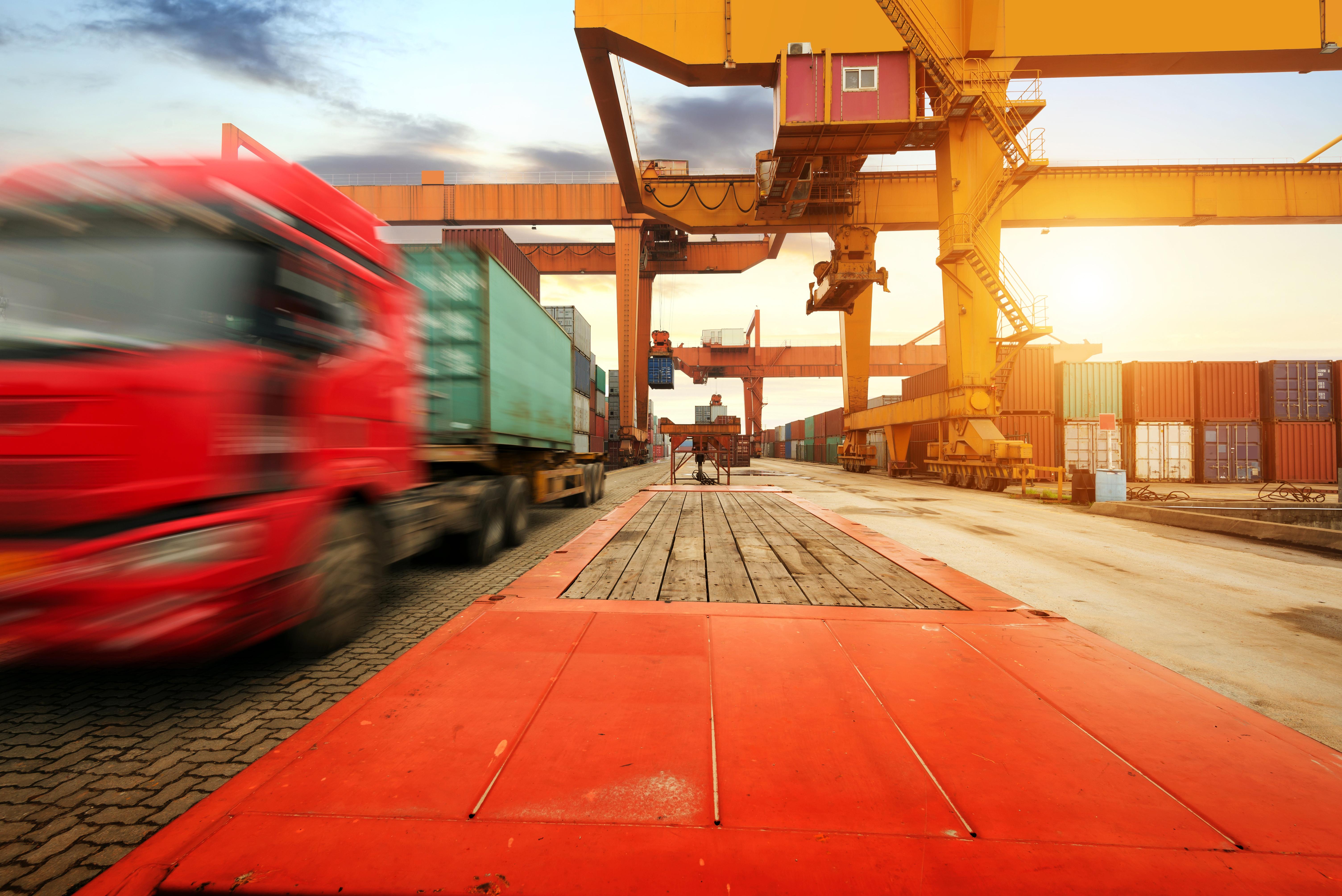 import export handling, trainsload