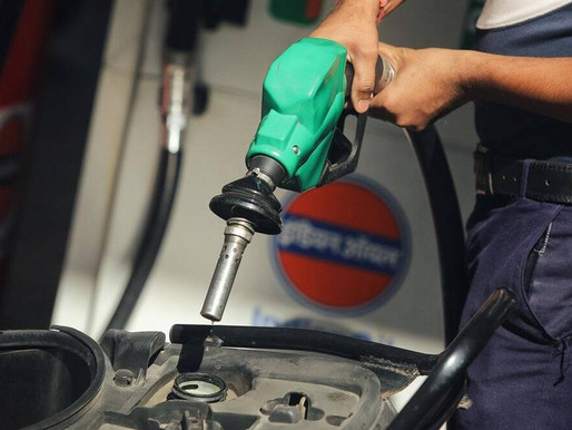 Petrol breaches Rs 89/litre mark in Delhi: Here's are auto fuel prices in your city today.