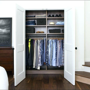 Standard Closet