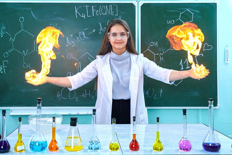 на уроке химии