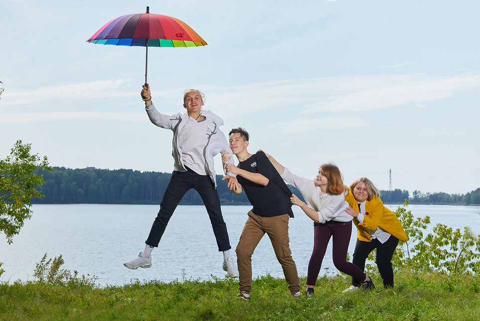 прыжок с зонтом
