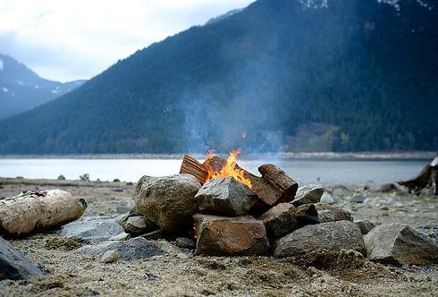 Jones-Lake-campfire.jpg