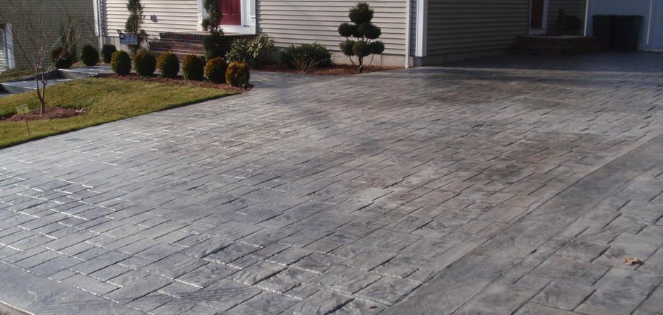 concrete sealing driveway 014
