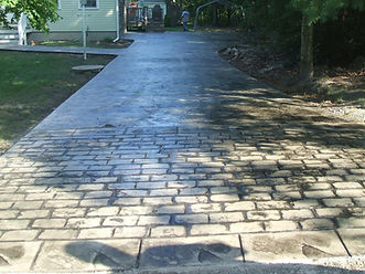seal concrete driveway-cobblestone apron