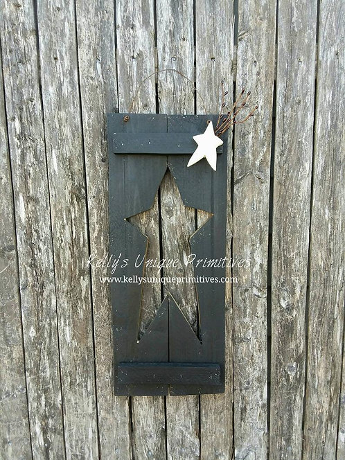 Distressed Shutter w/Star Cutout