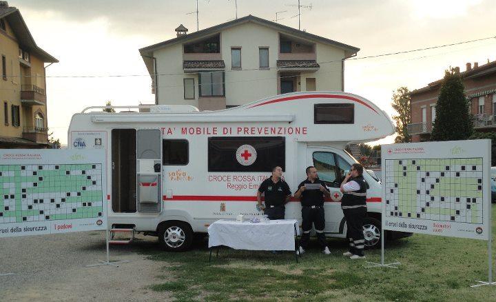 Cacciola presentazione gioca con la prevenzione offerto da O.R. a croce Rossa