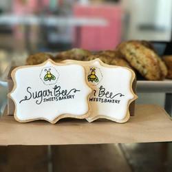 sugar bee sugar cookie
