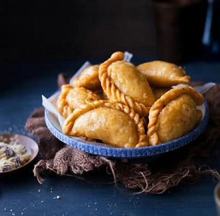 Holi Special Sweet 'Gujiya'